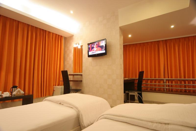 Mango Hotels Tansha Regal - Early check in