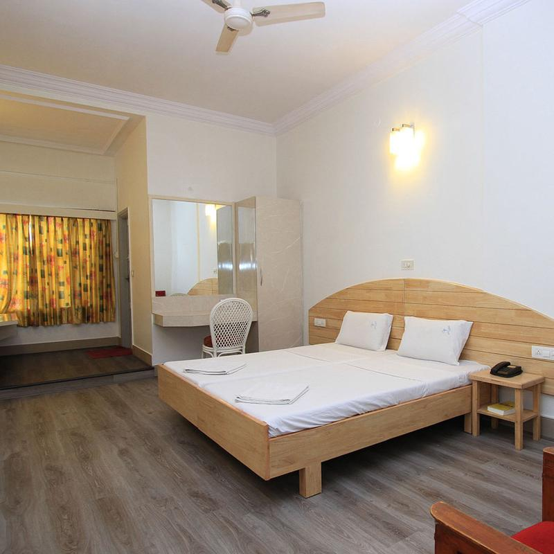 Hotel Vellara, Bangalore - Hotels by hour