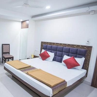 Hotel Crown Palace in Malviya Nagar