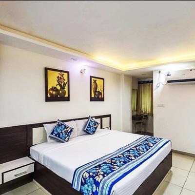 Hotel Jaishree Palace in M P Nagar