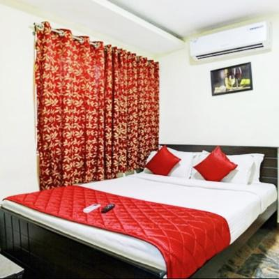 Hotel India Gate in Thoraipakkam