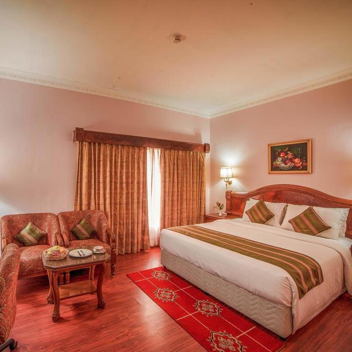 Hotel Raj Park Chennai in Alwarpet