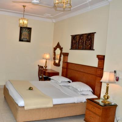 Bajaj Indian Home Stay in Karol Bagh