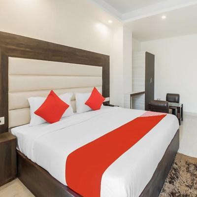 Hotel Raj Palace in Mahipalpur