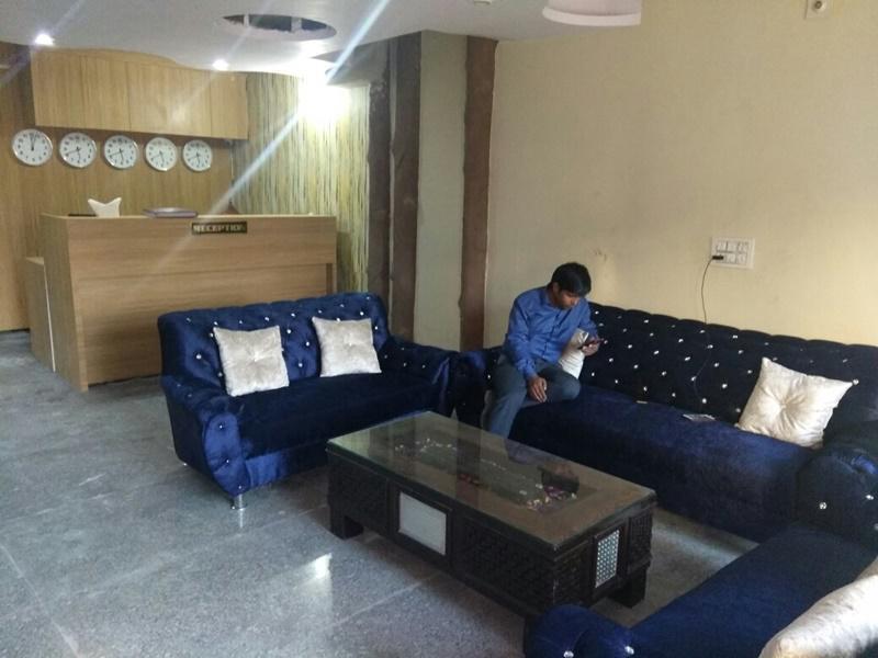 Hotel Aerosky Residency, Delhi