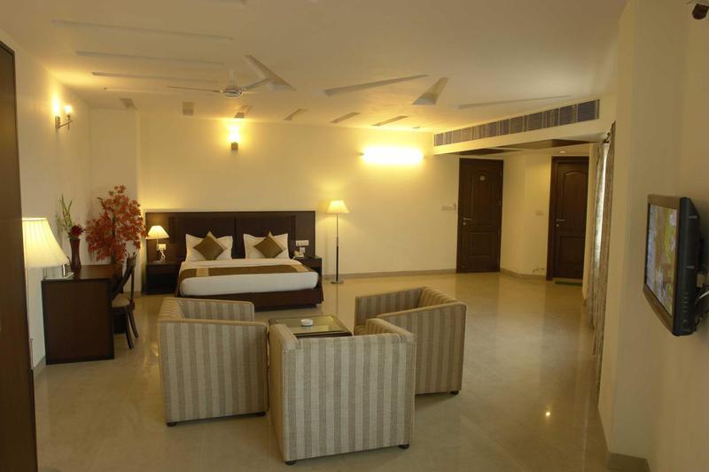Hotel Alpine Tree in Mahipalpur
