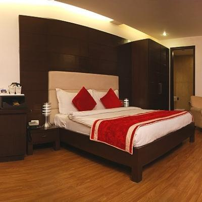 Hotel La Suite in East Patel Nagar