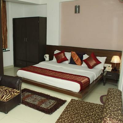 Hotel Port View in Mahipalpur(Near IGI Airport)