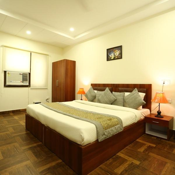 Hotel Smart Palace in Mahipalpur(Near IGI Airport)