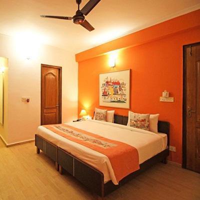 Hotel Unistar in Karol Bagh