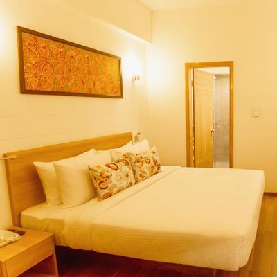 Lemon Tree Hotel Sector 60 Gurugram in Ullahwas