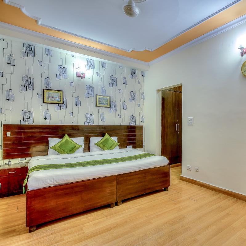 Treebo Zion Residency Inn in DLF Phase 3