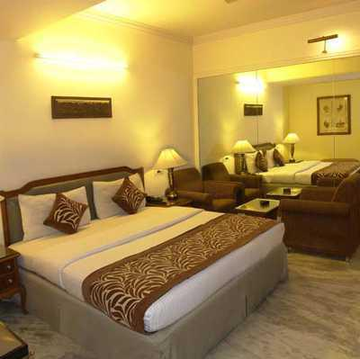 Hotel Hari Piorko in Pahar Gunj(Near New Delhi Railway Station)