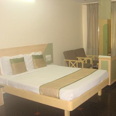 Hotel Raj Inn in Secunderabad