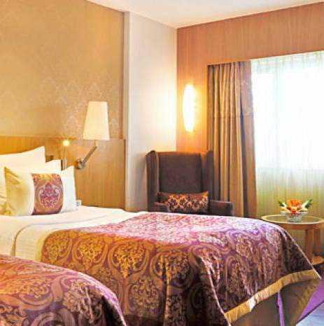 Hotel Bawa International in Vile Parle East