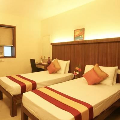 Hotel Ratna Palace Residency in Thane West
