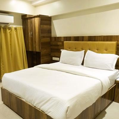 RK Hotel in Shapur Baug