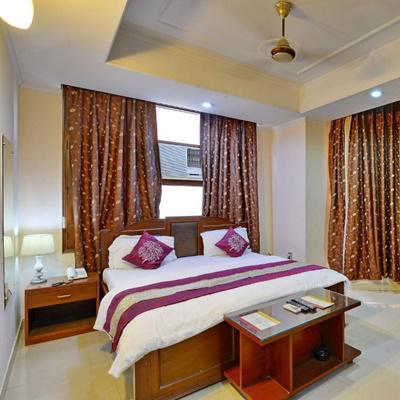 Hotel Kashish Residency Banquet in Sector 26
