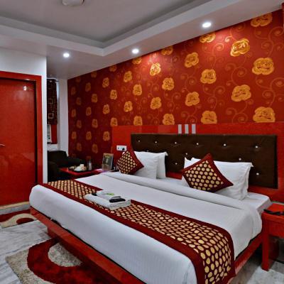 Hotel Noida International in Sector 11