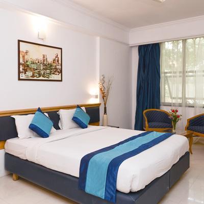 Hotel Mint Salisbury Park in Swargate