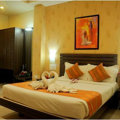 Hotel Madhav International in Agarkar Nagar