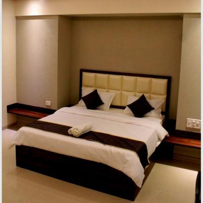 Vosiv Suites by Magnus in Kalyani Nagar