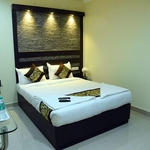Hotel White Mount in Periamet