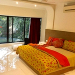 Lofty Seasons Stay Inn in Koregaon Park