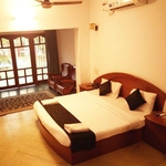 The ECR Bay Villas And Resort in Injambakkam