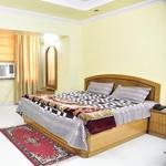 Hotel Galaxy International in Charbagh