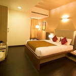 Vinaya Royal Inn in Electronic City