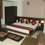 Hotel Port View in Mahipalpur(Near IGI Airport)