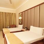 Hotel VT Paradise in Sampangi Rama Nagar