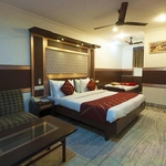 Hotel Rama Deluxe in Karol Bagh