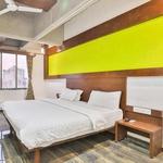 Hotel Alien Habitat in Ashram Road
