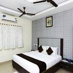 NKS Leo Inn in Karapakkam