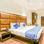 Hotel Smart INN in DLF Phase-II
