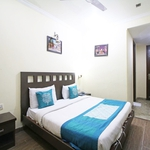 Hotel TJS Grand in Karol Bagh