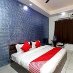 Airport Hotel Redstone in Vasant Kunj Marg