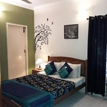 Happy Stay Service Apartments in Nungambakkam