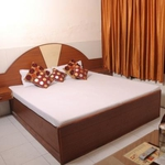 Hotel Surya Palace in Sector 45A