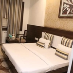 Hotel Shalimar Deluxe in Hamidia Road