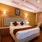 Golden Metro Hotel in Seshadripuram